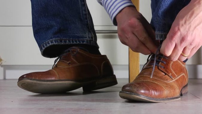 tying-shoes